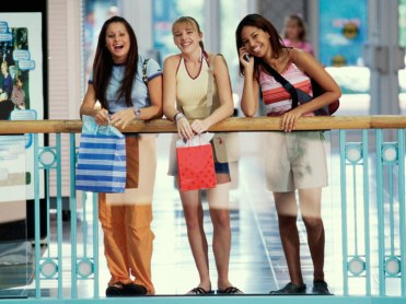 teen_girls_shopping_main_image